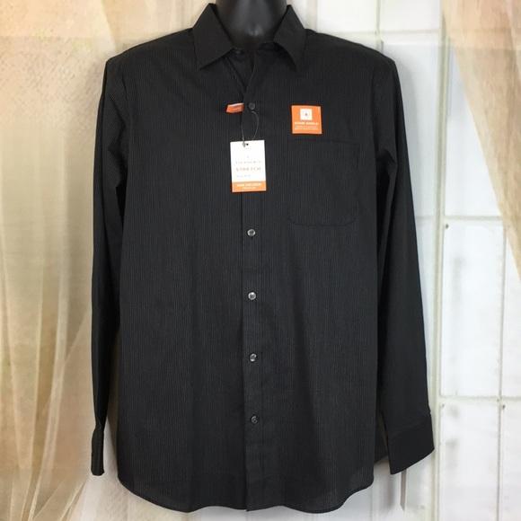 Van Heusen Other - Van Heusen Traveler Stretch Button Down Shirt